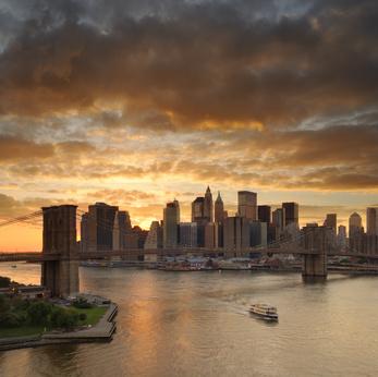 Die Skyline Manhattans ist eine der schönsten Anblicke der Welt. Auch durch den Terroranschlag im September 2001 ließ sich das wunderschöne Bild der Stadt New York nicht einschüchtern.