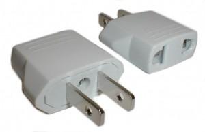 http://www.usatipps.de/wp-content/uploads/2012/01/strom-adapter-usa-300x194.jpg