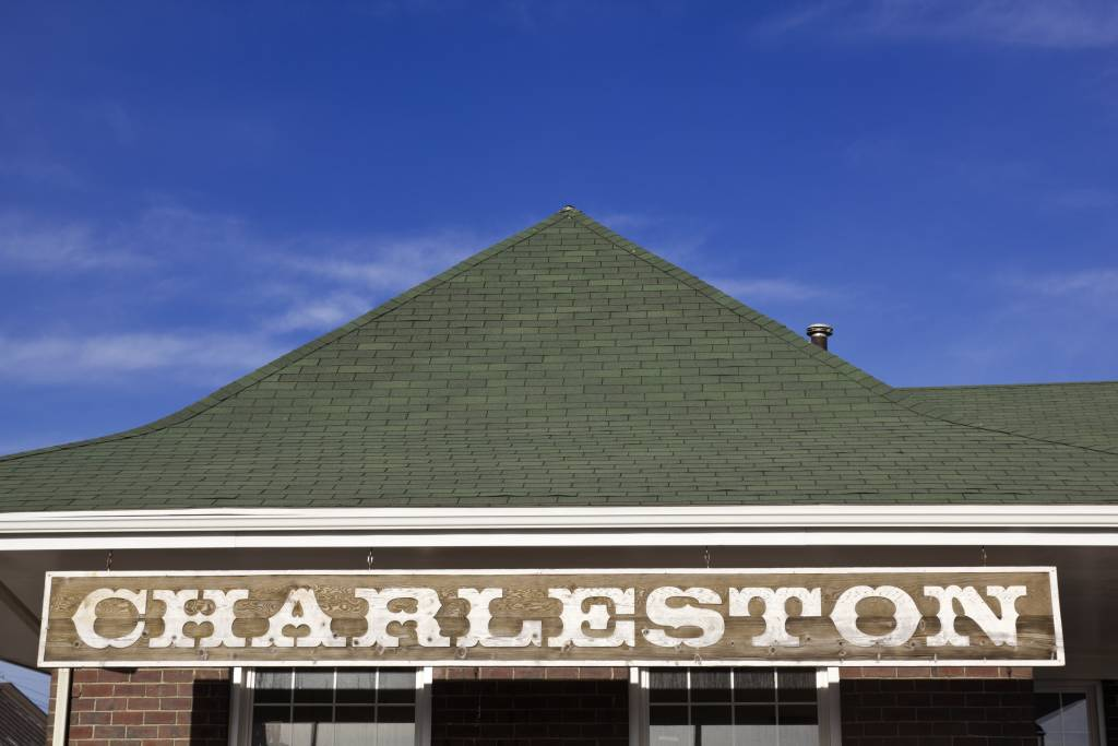 charleston die holy city in south carolina. Black Bedroom Furniture Sets. Home Design Ideas