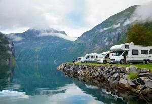 Seit dem 7. Februar 2007 können staatlich betreute Campingplätze bis zu 6 Monate im Voraus online und telefonisch reserviert werden.