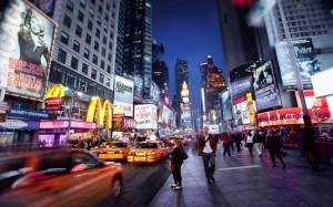 Der Broadway ist die ereignisreichste und bekannteste Straße New York Citys.