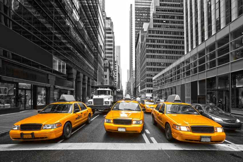 Das taxi cab ist in new york city eines der hauptbeförderungsmittel