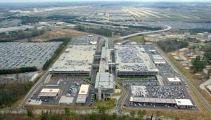 Die hohen Passagierzahlen des Hartsfield–Jackson Atlanta International Airports ergeben sich daraus, dass er vorwiegend als Zwischenstop für weitere Inlandsflüge genutzt wird (etwa 57 %).