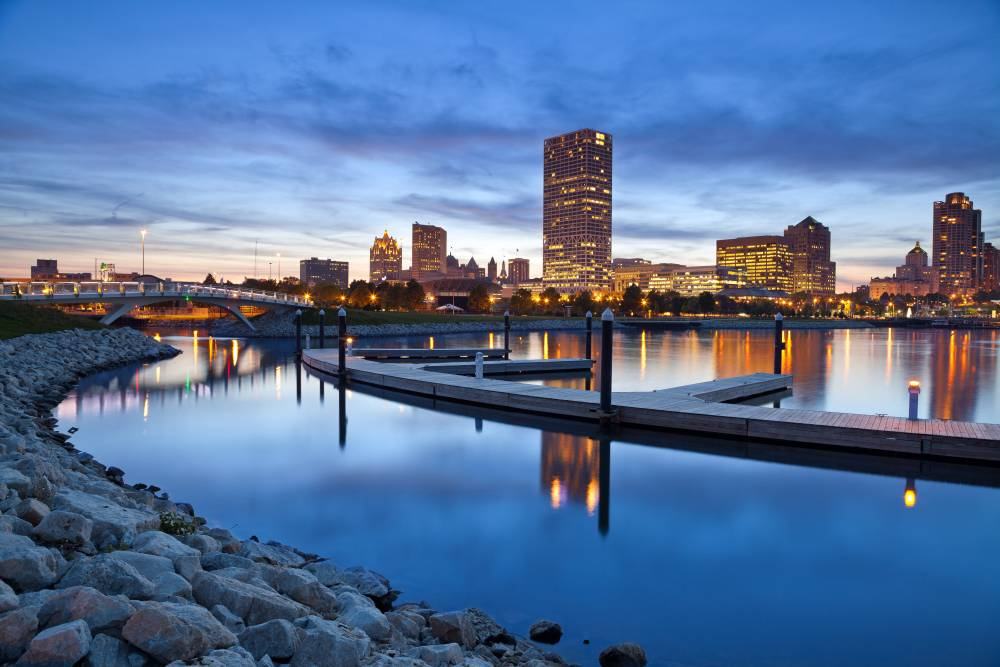 Mit fast 600.000 Einwohnern ist Milwaukee die größte Stadt des US-Bundesstaates Wisconsin.