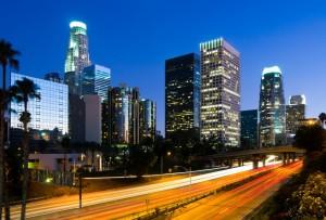 Los Angeles ist ein pulsierendes Herz der Gegenwart, eine lebendige, luxuriöse Metropole mit einer florierenden Traumindustrie, die die ganze Welt be- und verzaubert.