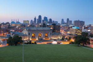 Kansas City ist die drittgrößte Stadt im US-Bundesstaat Kansas und bietet eine tolle Skyline.