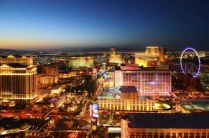 """Las Vegas ist bekannt für seine unzähligen Kasinos und wird nicht ohne Grund """"Die Stadt, die niemals schläft"""" genannt."""