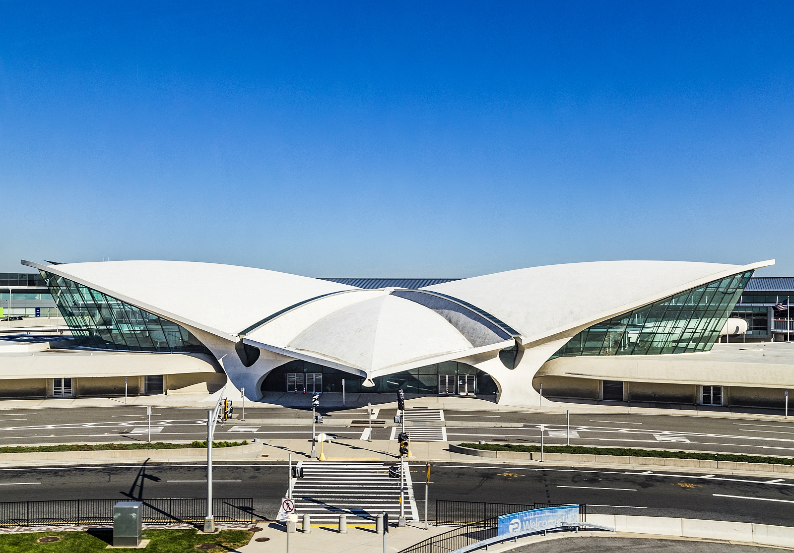 Twa terminal am new yorker jfk airport wird luxushotel for Hotels near jf kennedy airport