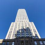 Das Empire State Building ist dem Baustil des Art déco zuzuordnen.
