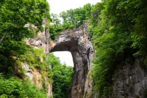 Die Natural Bridge ist eine geologische Formation in Rockbridge County, Virginia.
