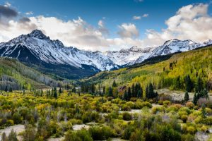 Die Rocky Mountains erstrecken sich von New Mexico durch die kontinentalen Vereinigten Staaten bis nach Kanada.