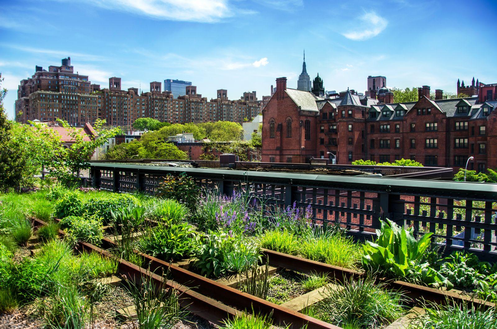 Über die bekannte New Yorker Spaziermeile High Line flanieren Jahr für Jahr sieben Millionen Menschen. Nun wurde sie um eine weitere Abzweigung erweitert.