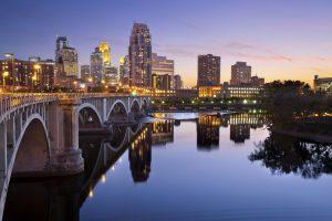 Minneapolis ist mit über 380.000 Einwohnern die bevölkerungsreichste Stadt in Minnesota.