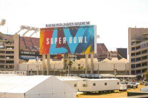 Der Super Bowl 2021 findet im Raymond James Stadium in Tampa im Bundesstaat Florida statt.