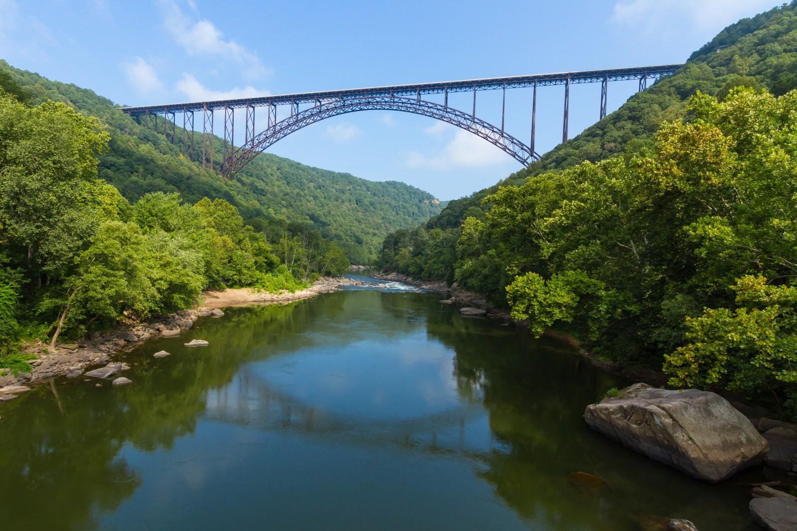 Die Nationalparks der USA sind legendär. Nun ist mit West Virginias New River Gorge noch ein weiterer Nationalpark hinzugekommen.