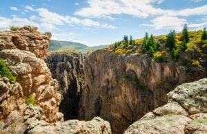 Der Black-Canyon-of-the-Gunnison-Nationalpark liegt im Westen Colorados.