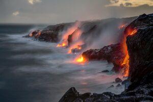 Der Hawaiʻi-Volcanoes-Nationalpark zählt seit 1987 zum UNESCO-Weltnaturerbe.