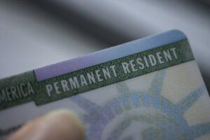 United States Permanent Resident Card: Das ist der offizielle Name der Green Card.
